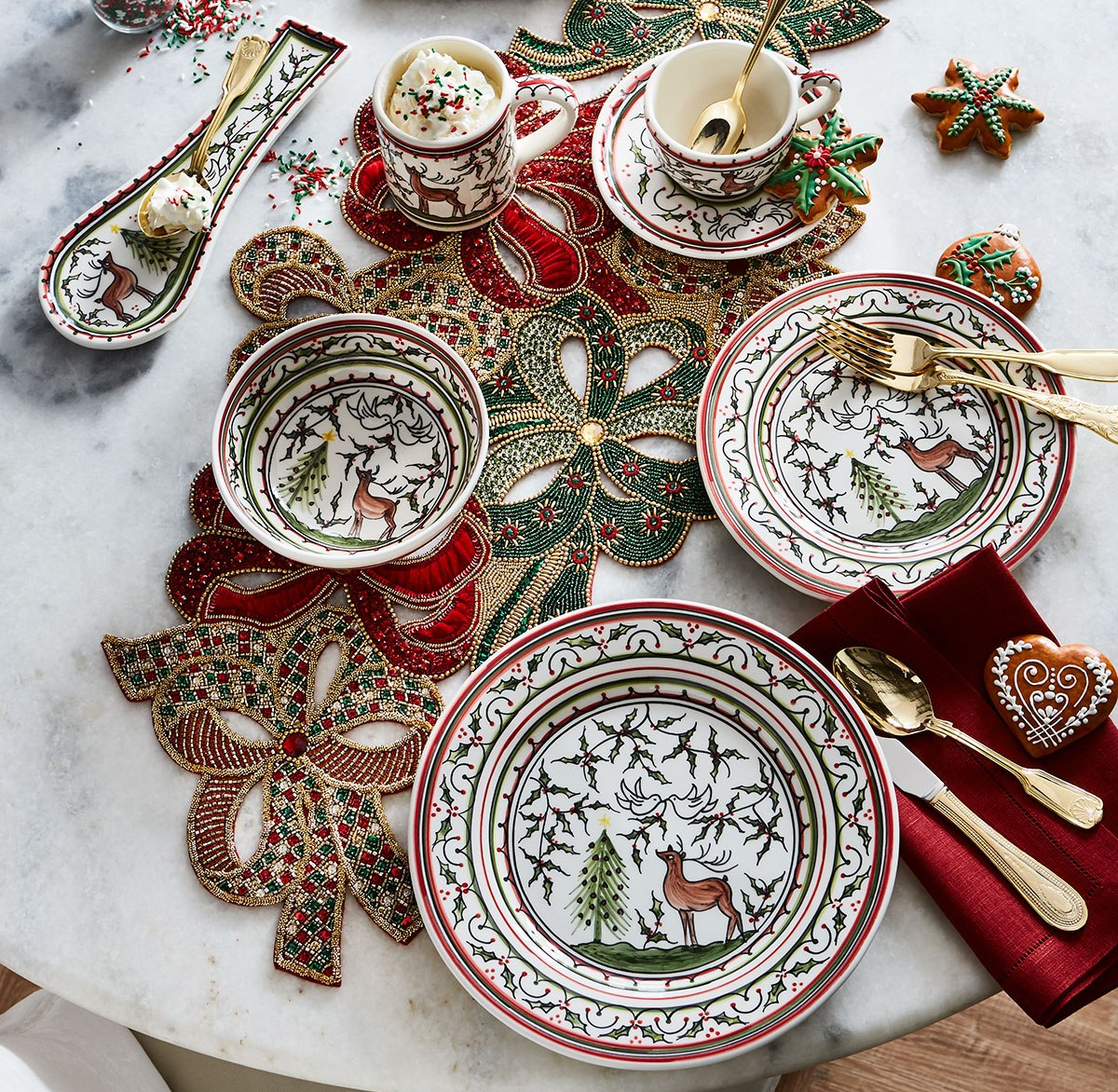 Keramos Nazari Christmas Pavoes Dishes